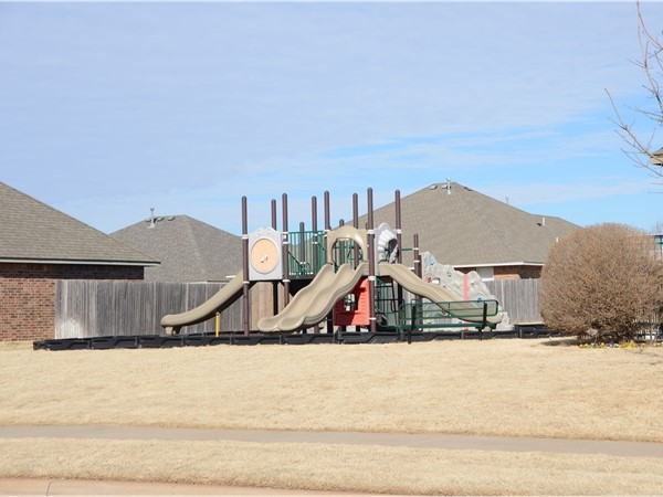 Robin Ridge playground