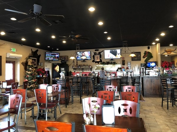 Love this place! The Cafe 33's delicious breakfast and ChicKen Fried Chicken