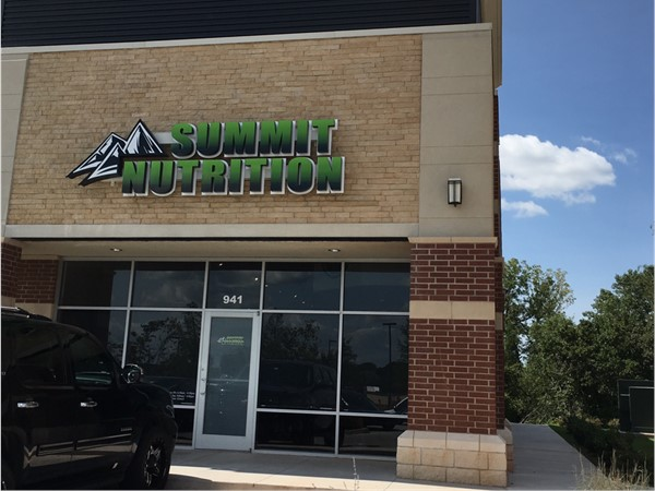 Summit Nutrition is a new business in Edmond