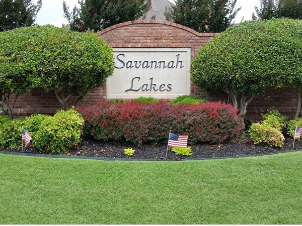 Savannah Lakes entrance sign