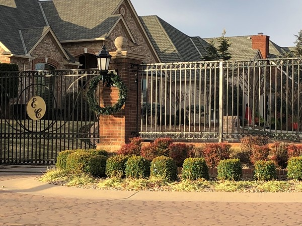 Great gated community enclaved in South Oklahoma City