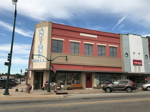 Often small town America hosts antique malls. Claremore has great options but so much more