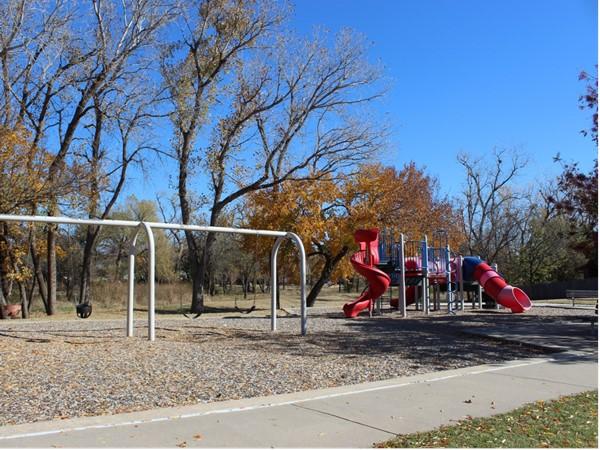 Nice playground in Woodrun