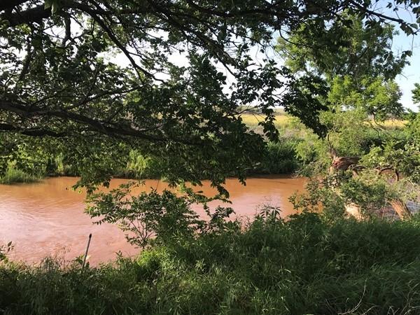 The Washita River running near Hammon