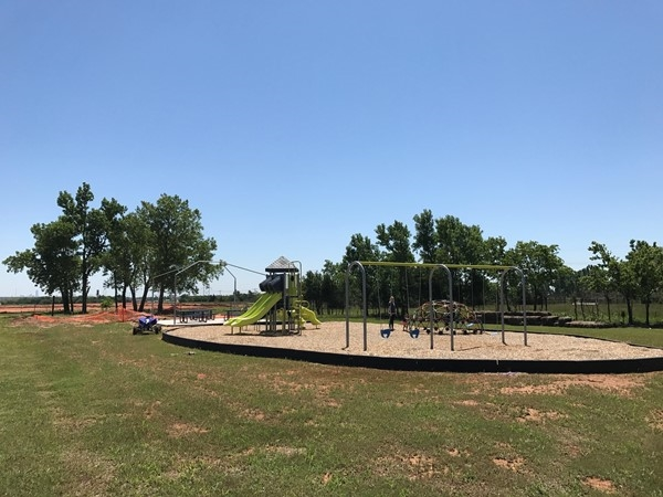 Chisholm Crossing HOA features a new park and pavilion