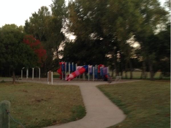 Sunrise at park in Woodrun