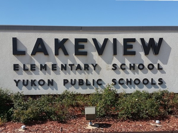 Lakeview Elementary School in Yukon