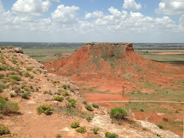 View from atop one of the mountains at Gloss Mountain State Park