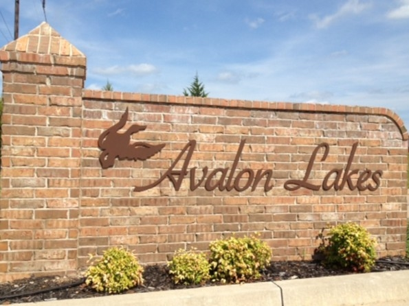 Entrance to Avalon Estates