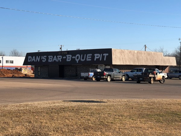 Dan's Barbecue - One of my favorite places to eat Barbecue. Located on Route 66 in Davenport