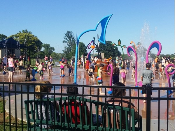 Boomer Lake SplashPad in action