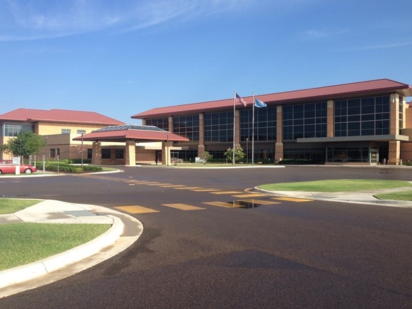 Great Plains Regional Medical Center will fix what ails you