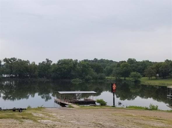 Lake Hudson Inn.  Beautiful view while enjoying breakfast buffet on the lake