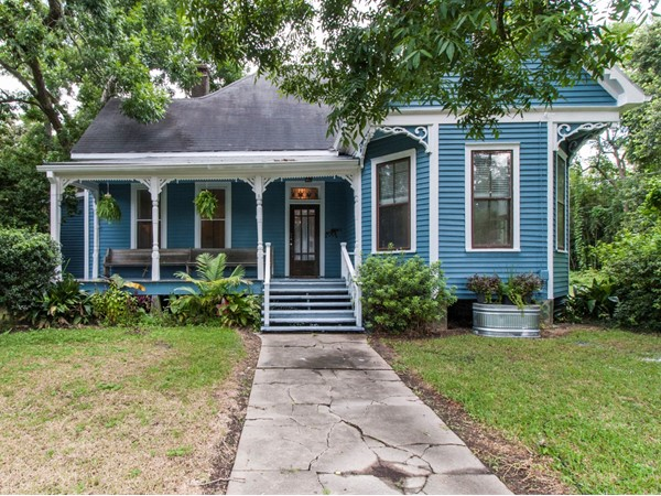 Victorian style home in downtown Abbeville