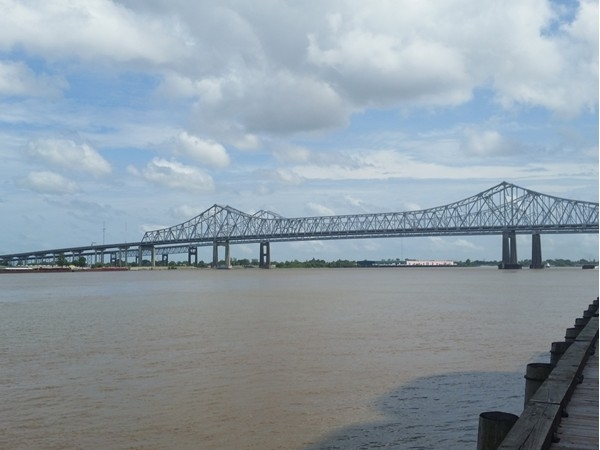 The Crescent City Connection spans the Mississippi River, as viewed from the Riverwalk Outlet Mall