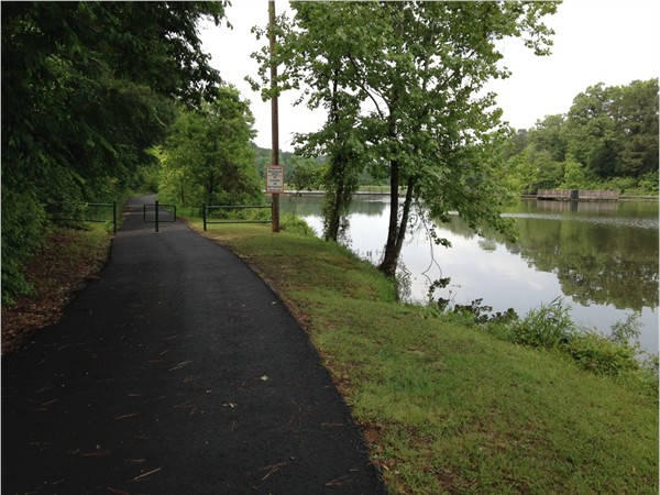 North entrance to Dogwood Park trail, Dogwood Lake and the pier