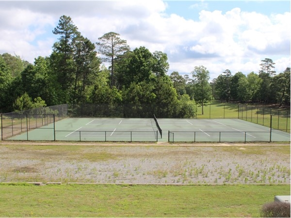 Calvert Crossing offers two hard-surface tennis courts