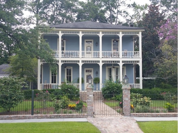 Elegant historic home on Jefferson Avenue
