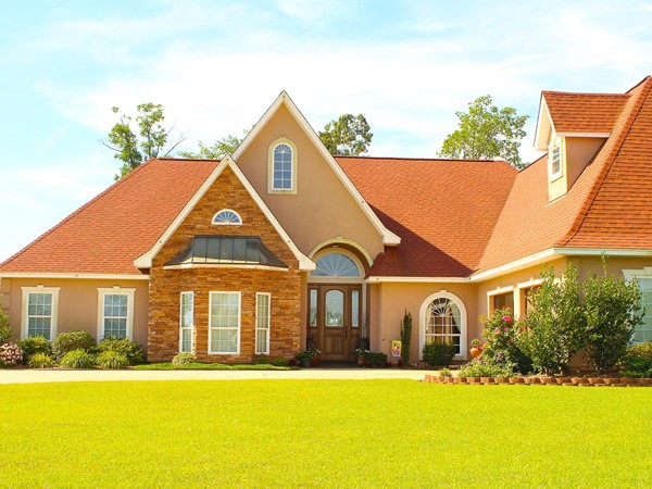 Located inside the Farmerville city limits, Dozier Creek is close to town and its many amenities