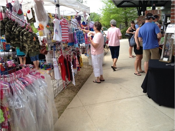Trailhead in Mandeville on Saturday morning includes locally grown vegetables and much more.