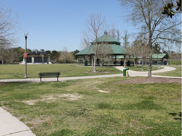 Slidell Park has many outdoor free concerts performed through spring and summer
