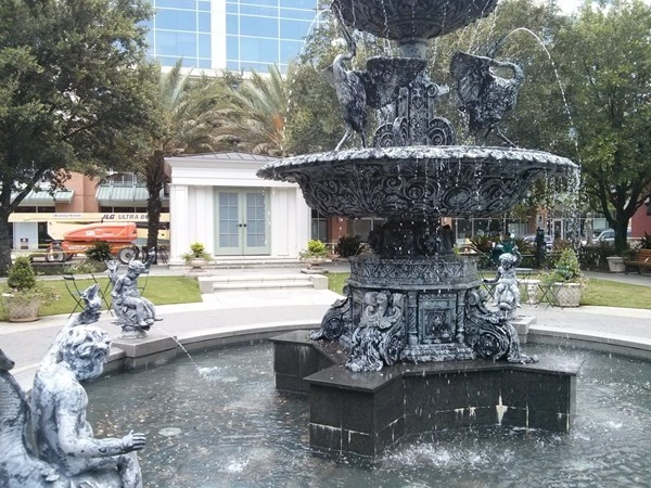 The fountain in the center of Perkins Rowe is a great spot to sit and enjoy lunch