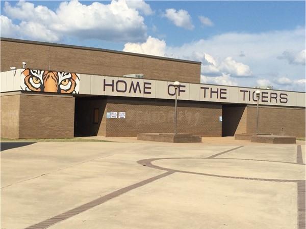 Benton High School Tigers football season off to a good start. Final score 41-30