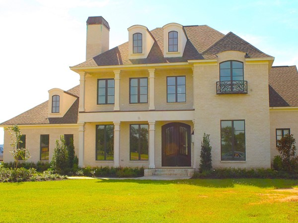 Dozier Creek features luxury homes averaging $300,000 and higher on Lake D'Arbonne