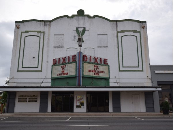 Historic Dixie Theatre