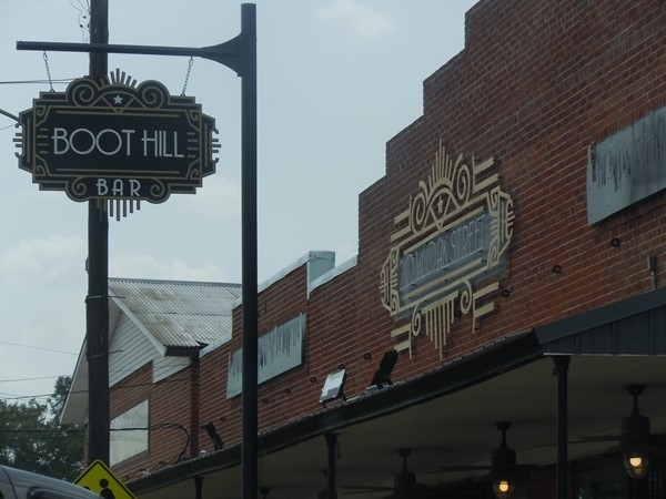 Boot Hill Bar in Amite is known for their delicious Oyster specials