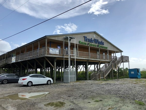 Tradewinds Marina, Lounge & Restaurant in Cocodrie