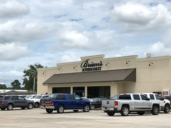 Brian's Supermarket. Serving Maurepas and surrounding areas since 2003