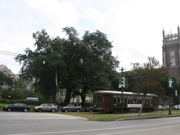 Tulane and Loyola amid the streetcar traffic upon leaving Audubon Park