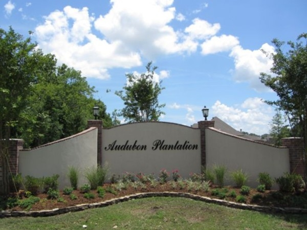 Audubon Plantation entrance