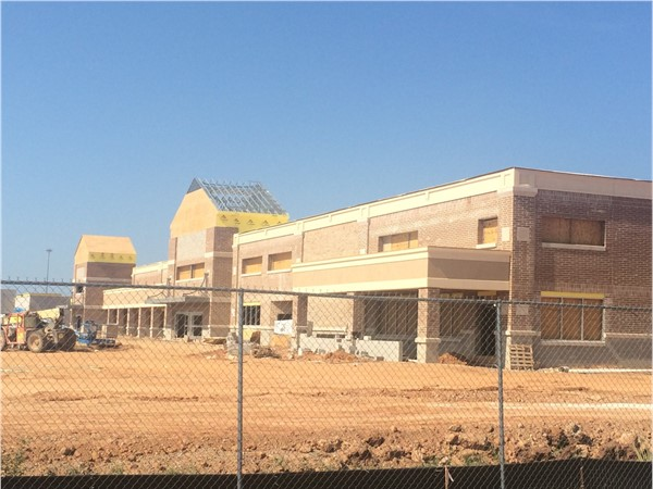 LA's first Kroger Market Place rapidly progressing  Completion expected this year