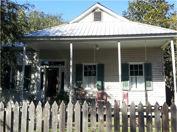 Meet me on the porch in Madisonville