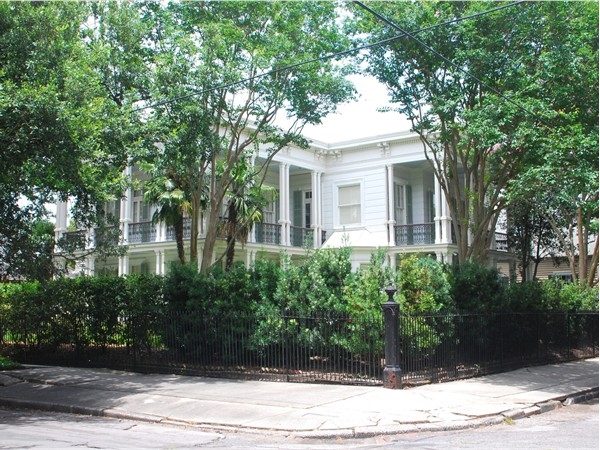This Garden District home is an example of privacy in the city