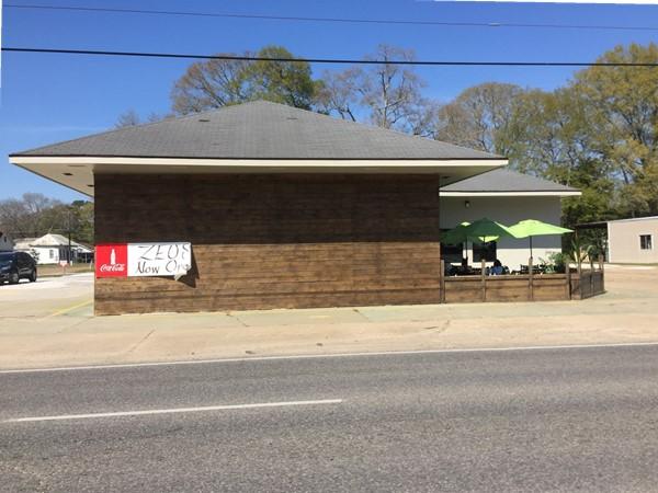 Now open in Eunice - Zeus' Greek Restaurant on Laurel Ave (Hwy 190)