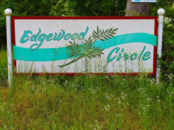 Edgewood Circle subdivision is a lake community with homes ranging from $150,000 to $450,000