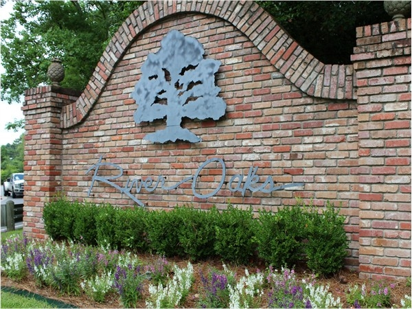 River Oaks subdivision offers homes from $150K-$700K with beautiful views of Bayou DeSiard