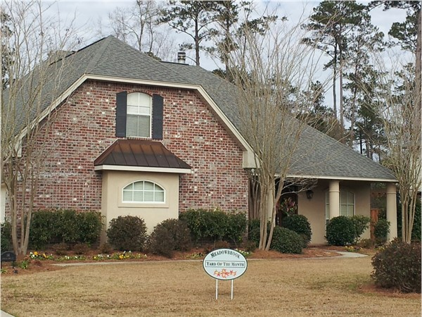 """Meadowbrook Estates """"yard of the month"""", January 2016 at ST Tammany Parish"""