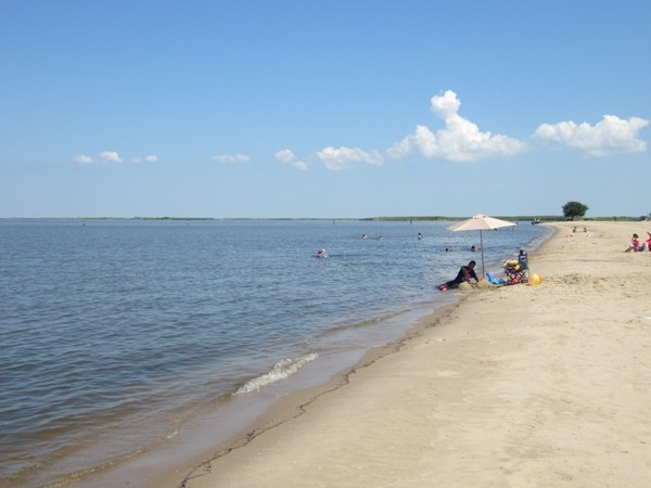 Sandy Cypremort Point Beach, warm waters and sunny days. Can't beat that