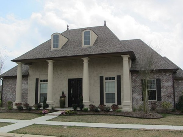 Walkers village subdivision real estate homes for sale for Acadiana home builders