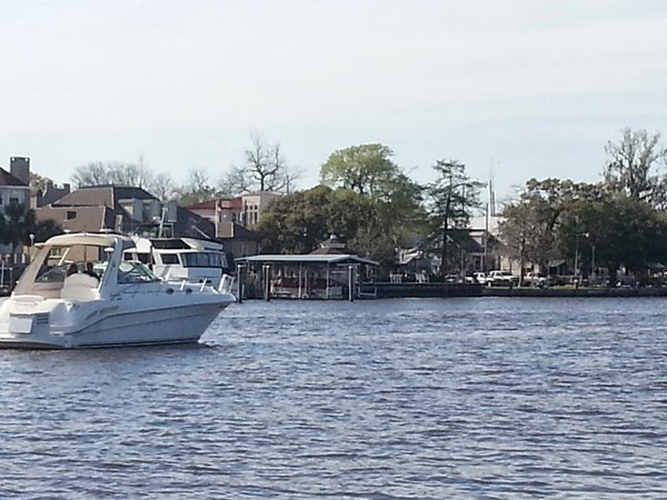 Boating on the Tchefuncte River