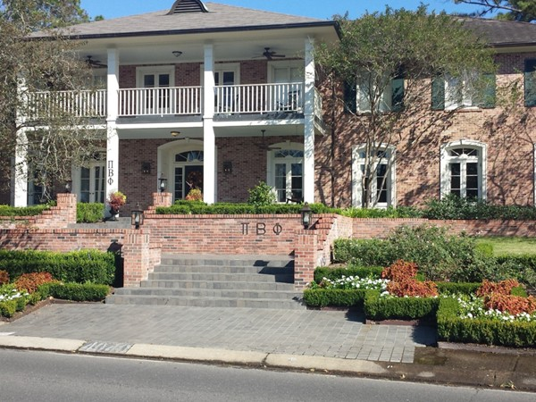 Pi Phi sorority house on the LSU campus