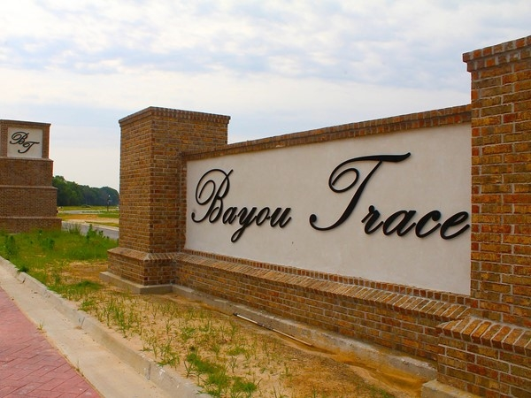 Bayou Trace is fashioned after the New Urbanism movement making it environmentally friendly