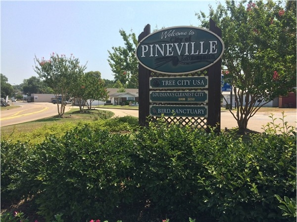 Just across the river from Alexandria, Pineville is another outstanding city in Central Louisiana