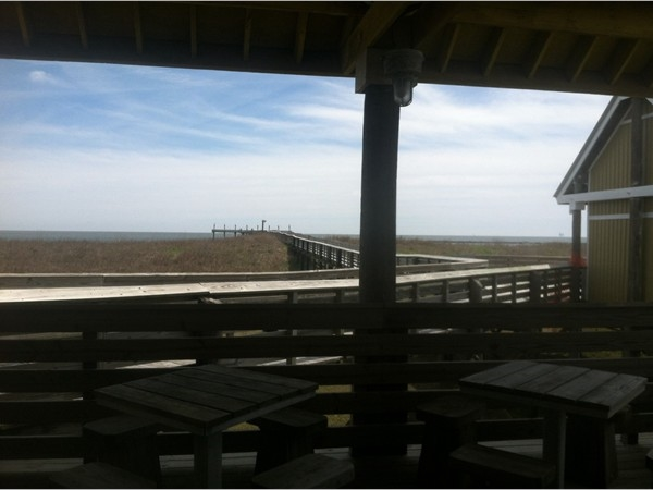 Sitting area before the fishing pier in Grand Isle State Park