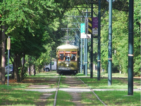 Here comes the streetcar