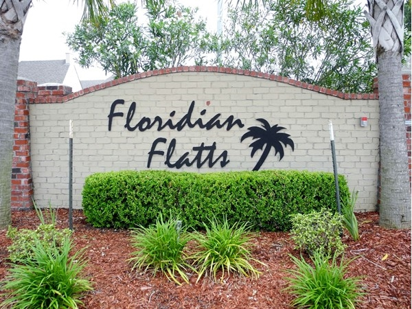 Floridian Flatts - stylish patio home living in a gated community